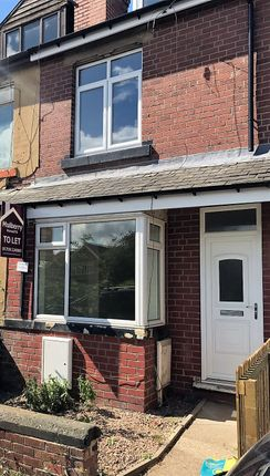 Thumbnail Shared accommodation to rent in Highgate Lane, Goldthorpe, Rotherham, Barnsley