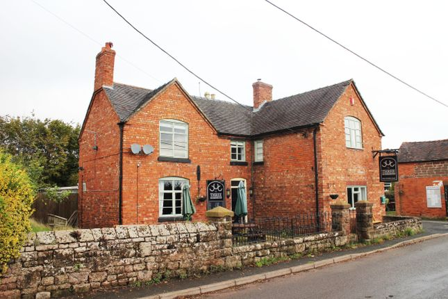 Thumbnail Pub/bar for sale in Sambrook, Newport