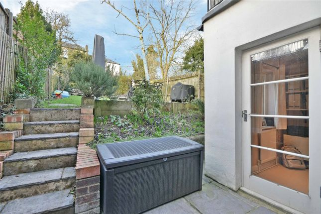 Picture No. 34 of Hillfield Road, West Hampstead NW6
