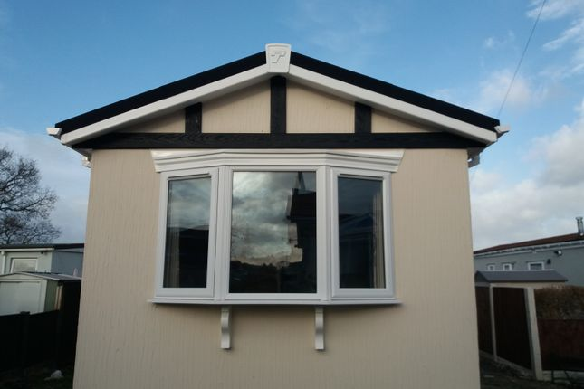 Thumbnail Mobile/park home for sale in Hendre Road, Conwy Wales