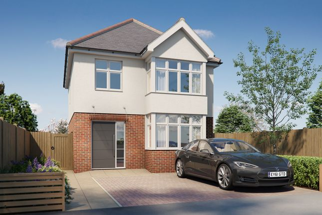 Thumbnail Detached house for sale in Cypress Grove, Ilford