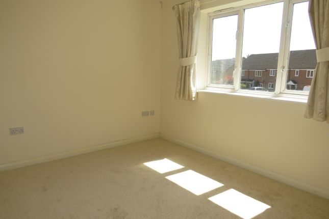Bedroom 2 of Cheshire Drive, Leavesden, Watford WD25