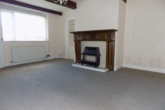 Lounge of Southfield Lane, Bradford BD5
