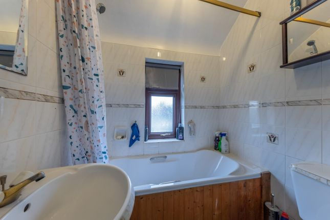 Bathroom of By-Pass Road, Tarvin, Chester CH3