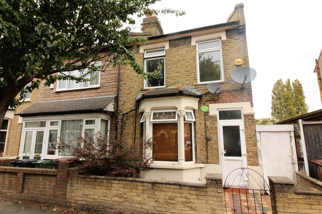 2 bed property for sale in Gloucester Road, London