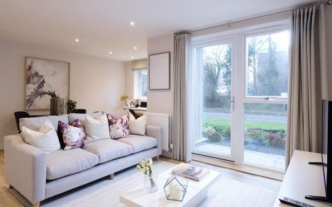 2 bedroom flat for sale in The Loftings, Stafferton Way, Maidenhead