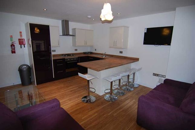 Thumbnail Flat to rent in Clare Street, Bristol