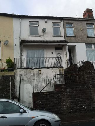 4 bed property to rent in Upper Gynor Place, Porth CF39