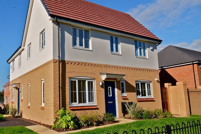 Thumbnail Detached house to rent in Pool Avenue, Prescot, Merseyside