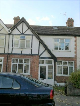 Thumbnail Room to rent in Babbacombe Gardens, Ilford
