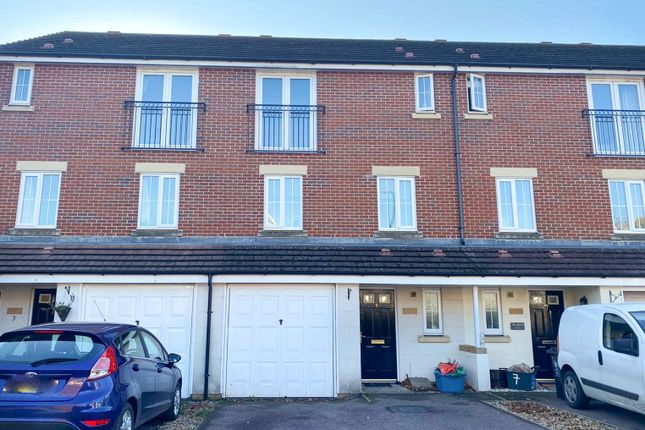 3 bed town house for sale in Blacktown Gardens, Marshfield, Cardiff CF3