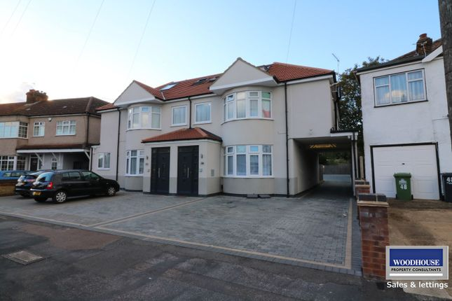 Thumbnail Flat to rent in Hedworth Avenue, Waltham Cross