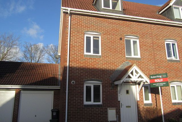 Thumbnail Semi-detached house to rent in Dairy Close, Yatton