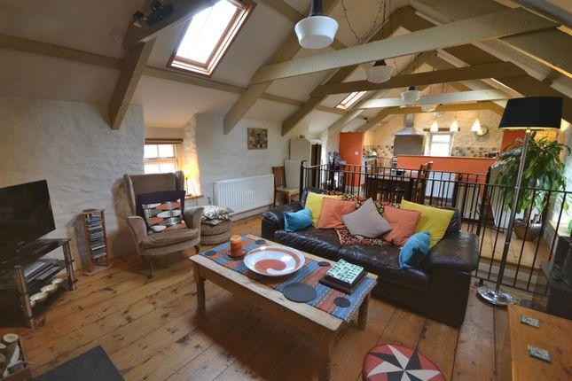 Cottage Lounge Area