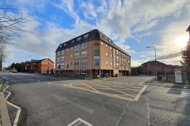 Thumbnail Flat for sale in Windsor Road, Cardiff