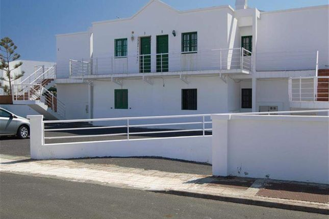 2 bed apartment for sale in Puerto Del Carmen, Lanzarote, Spain