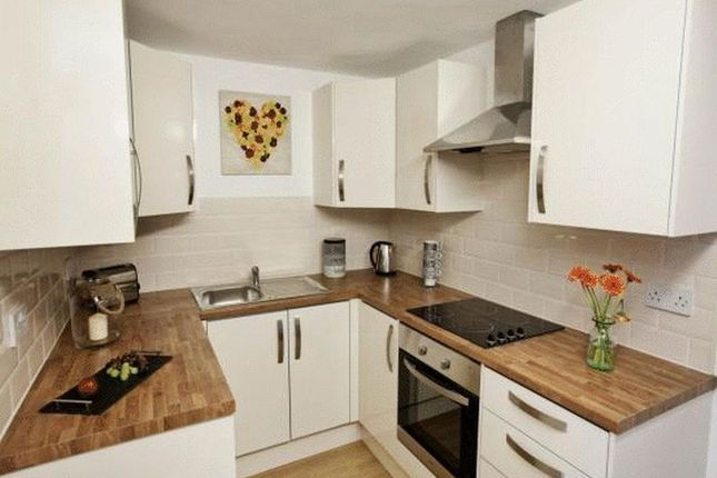 Kitchen of Sunbridge Road, Bradford BD1
