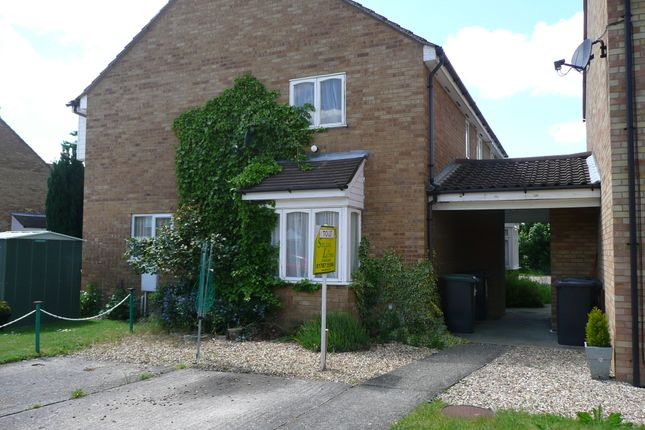 Thumbnail Terraced house to rent in Lincoln Crescent, Biggleswade