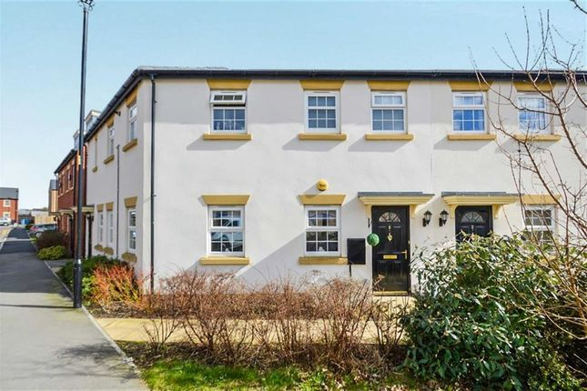 Thumbnail Flat for sale in Black And Amber Way, West Hull, Hull