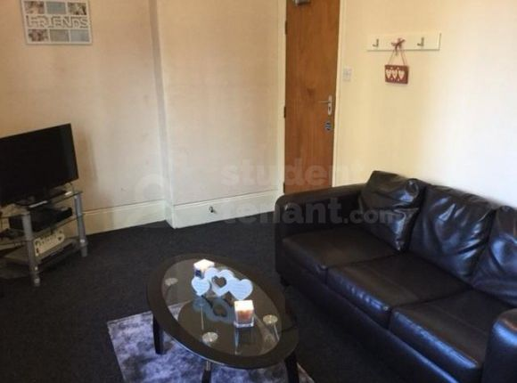Thumbnail Shared accommodation to rent in Highfield Place, Sheffield, South Yorkshire