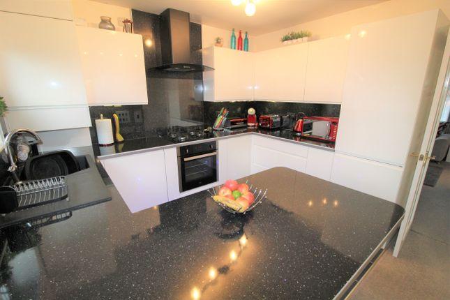 Kitchen Diner of Higherness Way, Coatbridge ML5