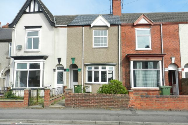 Thumbnail Terraced house to rent in Suggitts Lane, Cleethorpes