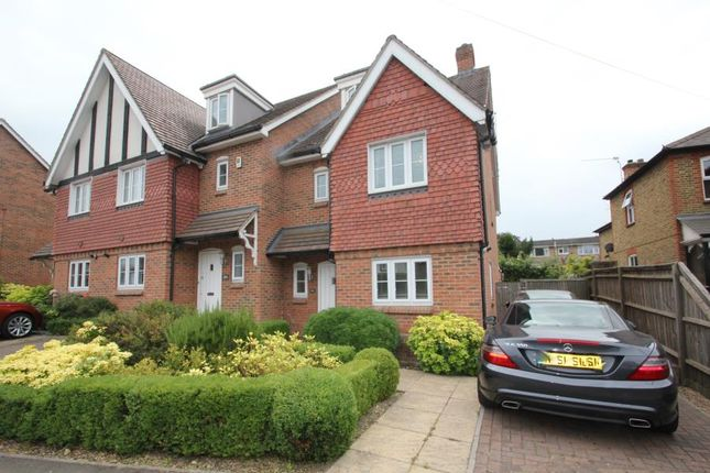 Thumbnail End terrace house to rent in York Road, Woking