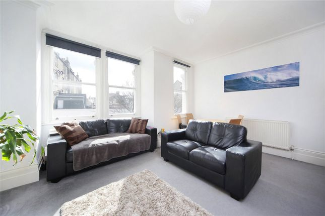 Thumbnail Flat to rent in Comyn Road, Battersea, London
