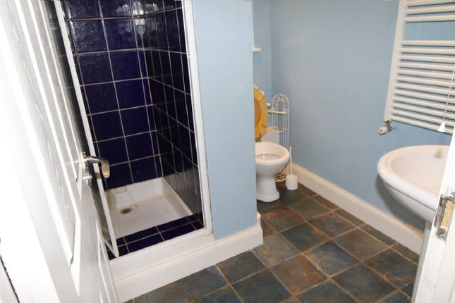 Thumbnail Terraced house to rent in Northdown Road, Sutton
