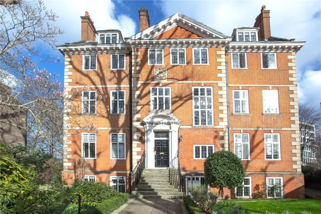 Thumbnail Flat to rent in Melbury Road, Holland Park, London