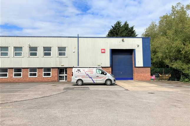 Light industrial to let in 3C Delta Drive, Tewkesbury