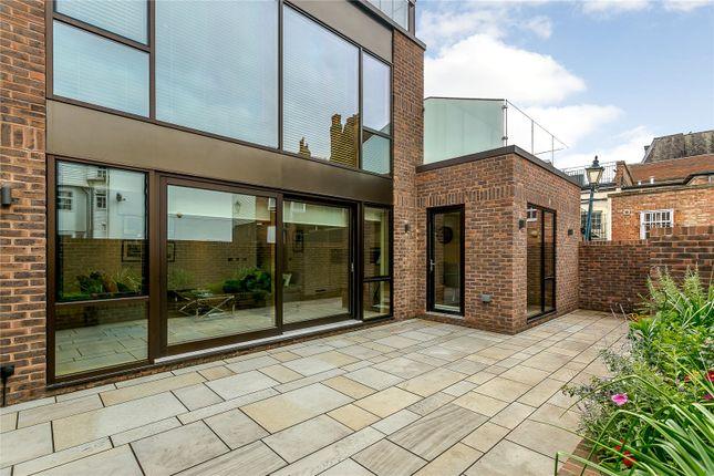 Thumbnail Flat for sale in Akehurst Lane, Sevenoaks, Kent