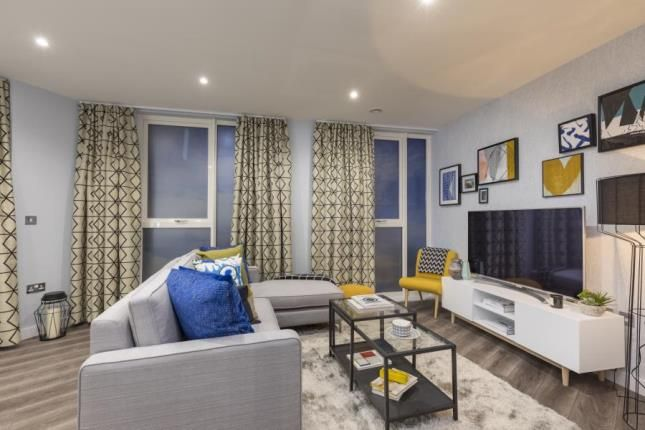 Thumbnail Flat for sale in 39 Ilford Hill Ilford