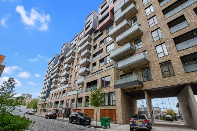 Thumbnail Flat for sale in Hugero Point, 2 Rennie Street, London
