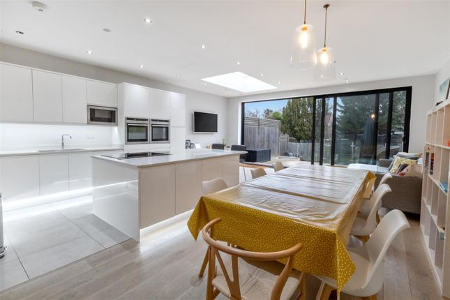 Thumbnail Property for sale in Derwent Road, Palmers Green