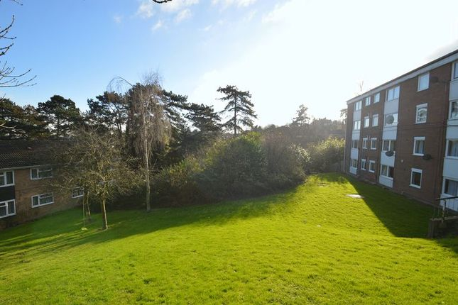 Thumbnail Flat for sale in Mount Pleasant, Batchley, Redditch