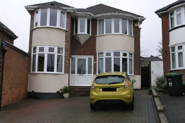 Thumbnail Property for sale in Broadway Croft, Oldbury