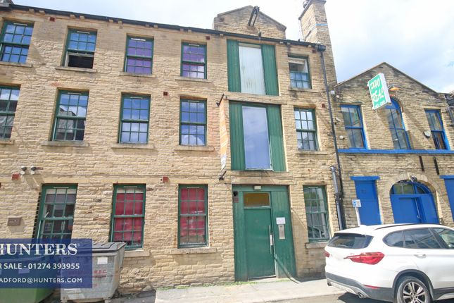 Thumbnail Flat for sale in Quebec Street, Bradford, West Yorkshire
