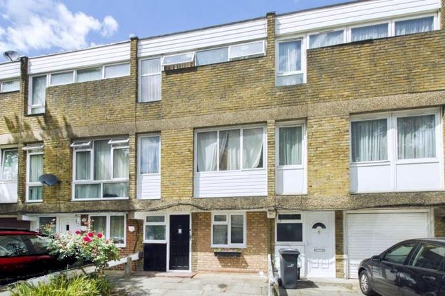 Thumbnail Town house for sale in St. James's Crescent, London