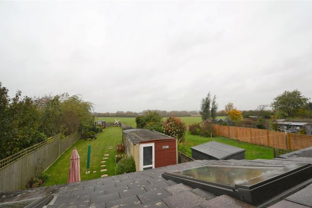 3 bed property for sale in Windmill Road, Towersey, Thame OX9