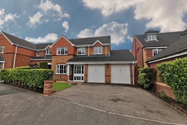 4 bed detached house to rent in Dairy Lane, Redditch B97