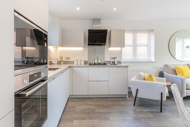 2 bedroom flat for sale in Plot 283 - The Iver, Crowthorne