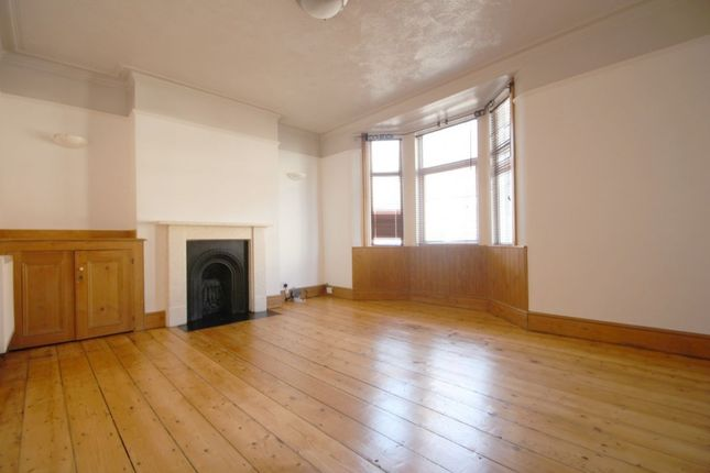 Thumbnail Terraced house to rent in Thorn Road, Worthing