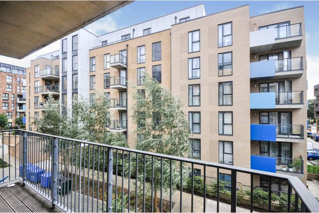 Balcony of 52 Blackheath Hill, London SE10