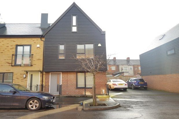 3 bed property to rent in Old Lane, Manchester M11