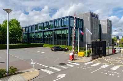 Thumbnail Office to let in Minerva, London Road, Crawley, West Sussex