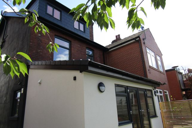 Thumbnail Room to rent in Upper York Street, Wakefield