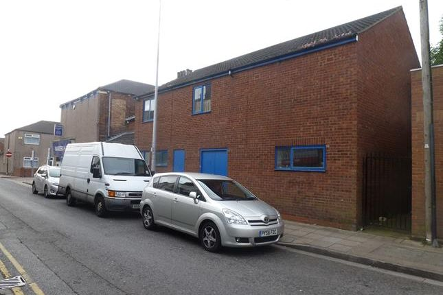 Photo of 6, Edward Street, Grimsby, North East Lincolnshire DN32