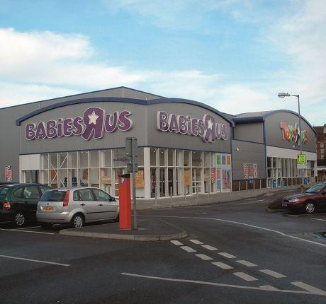 Thumbnail Retail premises for sale in Western Esplanade, Southampton