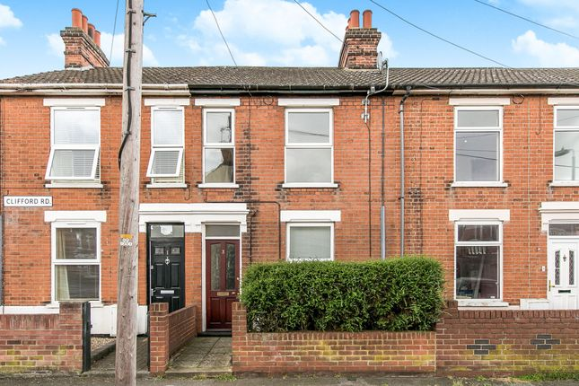 Terraced house to rent in Clifford Road, Ipswich